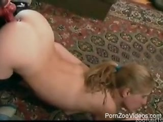 Sexy-shaped zoophile gives a five star blowjob for a dog