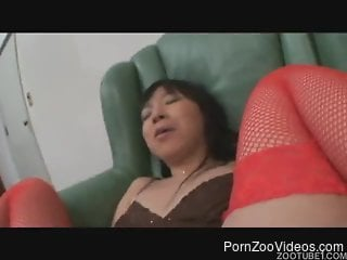 Passionate Asian whore suck her dog in awesome Japanese animality