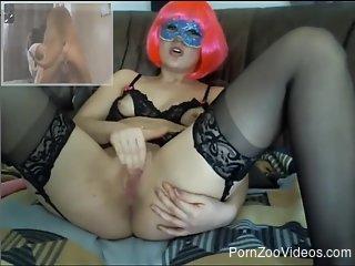 Camgirl dildo fucks herself while streaming bestiality